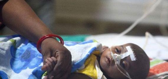 24 घंटे और 16 बच्चों की मौत